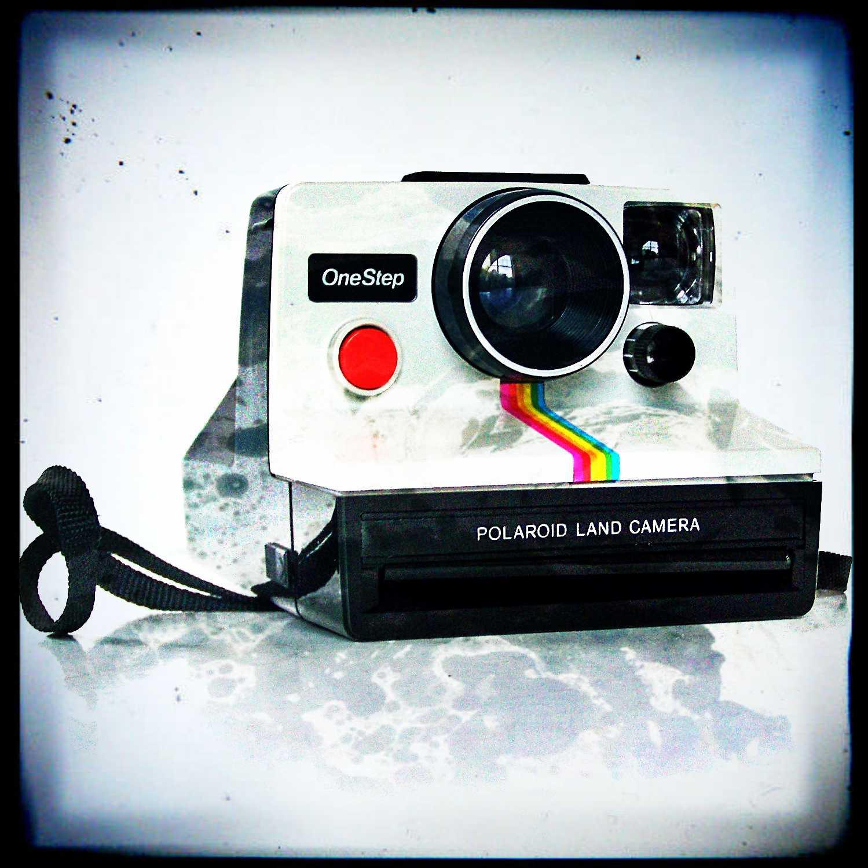 Matrimonio Tema Polaroid : Scherzi matrimonio la polaroid foto alla cerimonio